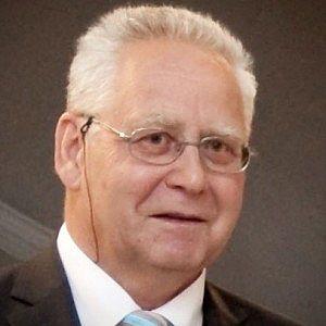 Dr. Alfred Hiltscher